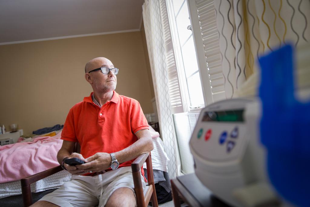 home dialysis; peritoneal dialysis